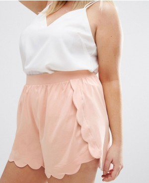 Fashionable CURVE Shorts With Scallop Hem And Pocket