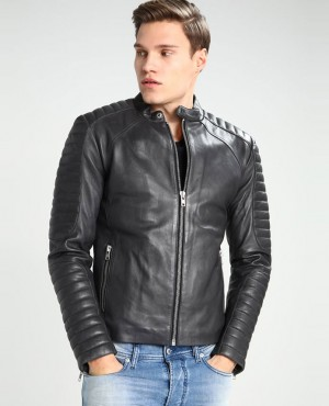 Men Fashionable Custom Biker Leather Jacket