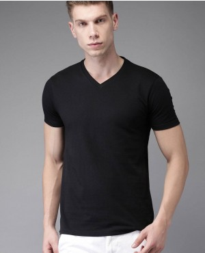 Men New Coming Black Solid V Neck T Shirt