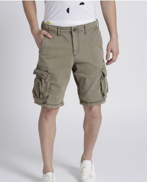 Men Olive Green Solid Regular Fit Cargo Shorts