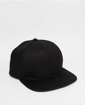 Snapback Cap In Black