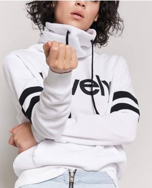 Trendy And Most Popular Stylish Hoodie With Lovely Graphic Top