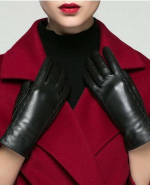 Wholesale Warm Slim Hand Short Lady Goatskin Gloves For Woman