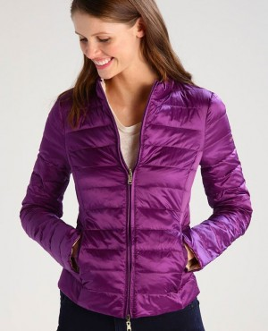 Women-Custom-Branded-Cheap-Prices-Padded-Jacket-RO-103023-(1)
