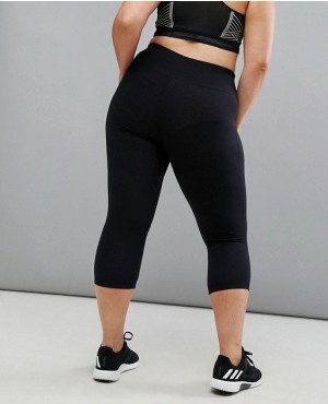 Curvy-Capri-Sports-Legging-In-Black-RO-3071-20-(1)