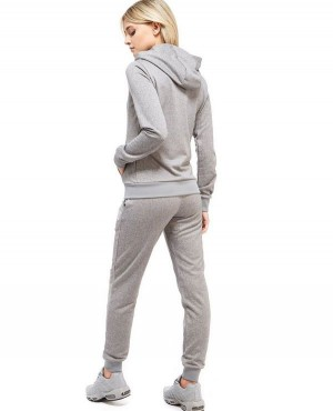 Custom-Branded-Women-Stylish-Zipper-Hooded-with-Side-Pockets-SweatSuit-RO-3278-20-(1)