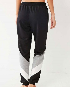 Custom-Color-Colorblocked-Jogger-Pant-RO-3125-20-(1)