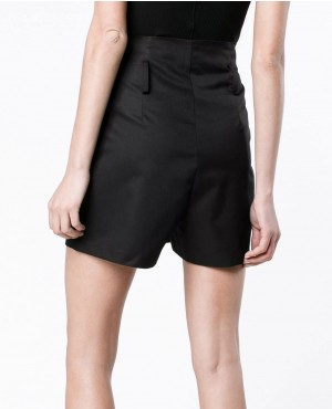 High-Waisted-Cargo-Shorts-Black-RO-3216-20-(1)