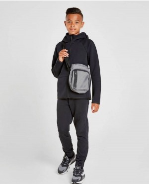 Kids-Custom-Zipper-With-High-Quality-Full-Zipper-Pakistan-Hoodies-(1)