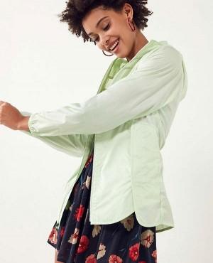 Light-Weight-Hooded-Women-Windbreaker-Jacket-RO-3488-20-(1)