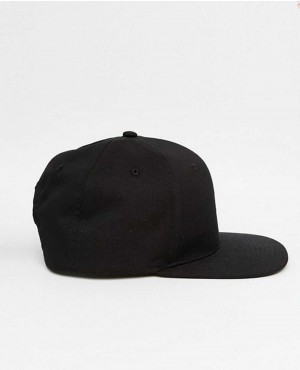 Snapback-Cap-In-black-RO-102885-(1)