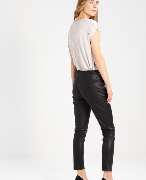 Women-Casual-Wears-Fashionable-Leather-Pant-Trousers-Black-RO-3669-20-(1)